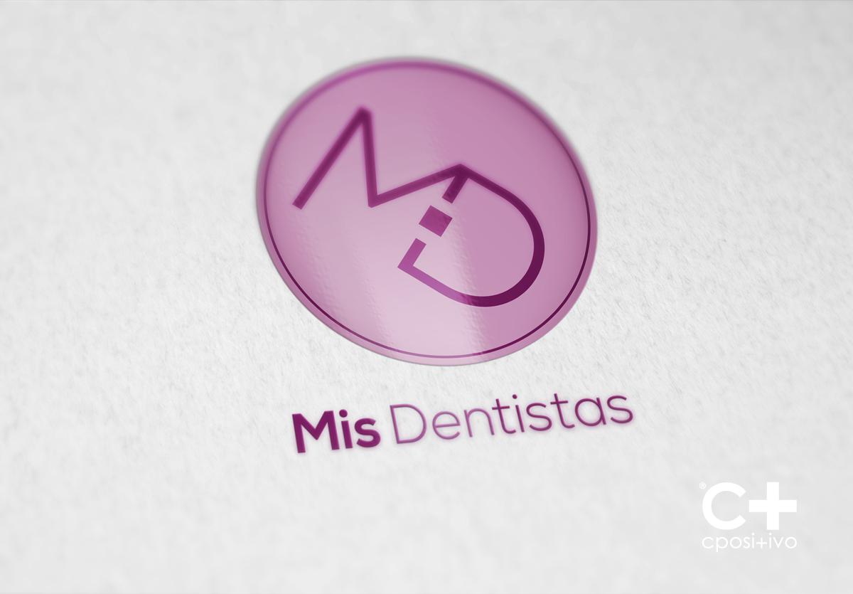 mis-dentistas-logo